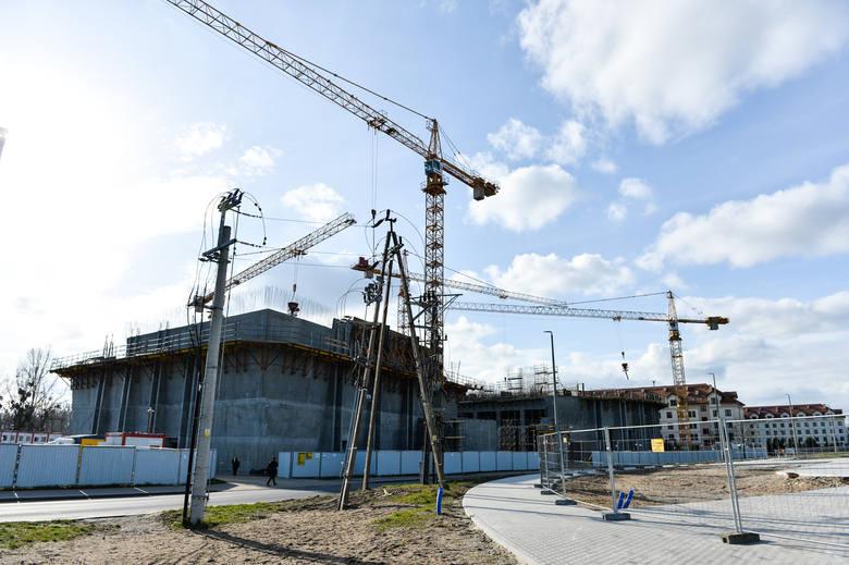 """Ciepłownia geotermalna i muzeum """"Pamięć i Tożsamość"""" im. św. Jana Pawła II to inwestycje, które na terenie Portu Drzewnego w Toruniu realizuje fundacja"""