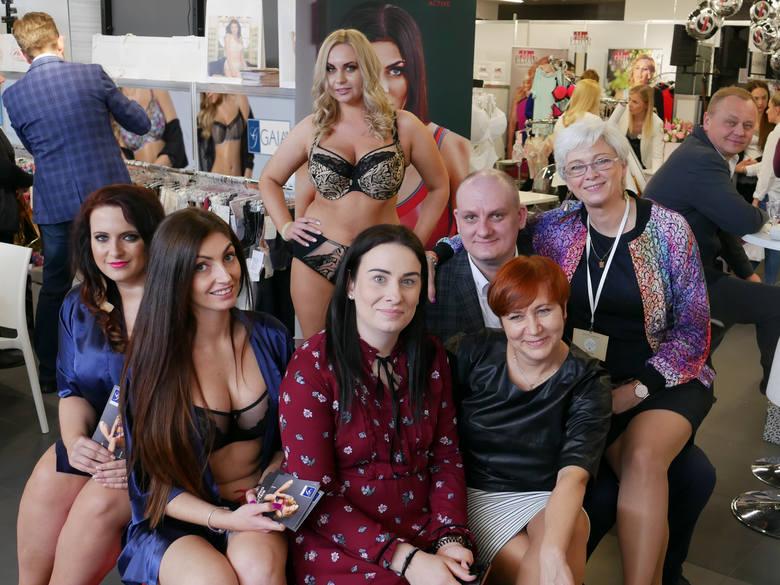 Firma bieliźniarska Gaia pokazała na Salonie Bielizny w Łodzi piękną bieliznę dla kobiet o wymiarach nietypowych dla modelek
