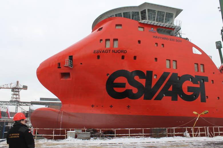 Pierwsze wodowanie w 2016 w Naucie. Esvagt Njord posłuży do obsługi wież wiatrowych [ZDJĘCIA]