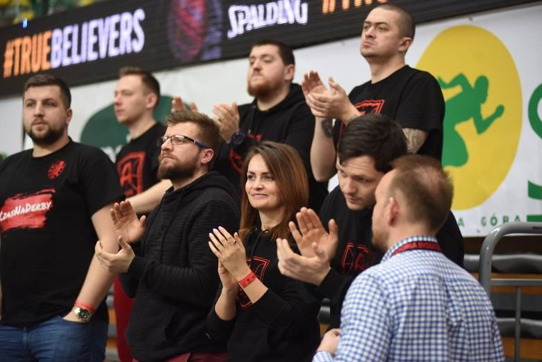 Koszykarze Enea Astorii Bydgoszcz wygrali z liderem tabeli - Stelmetem 113:107 w meczu 20. kolejki Energa Basket Ligi. Dla rywali była to pierwsza porażka