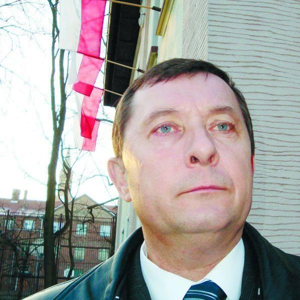 Latem wójt Polkowski razem z mieszkańcami gminy głodował, by wywrzeć presję na Ministerstwie Spraw Wewnętrznych i Administracji, które podejmowało decyzję