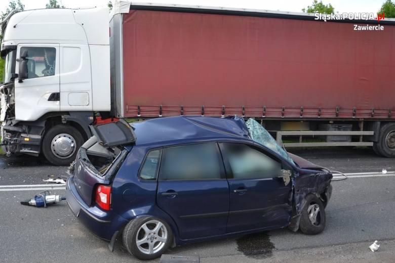 Tragiczny wypadek w Szczekocinach.Zobacz kolejne zdjęcia. Przesuwaj zdjęcia w prawo - naciśnij strzałkę lub przycisk NASTĘPNE