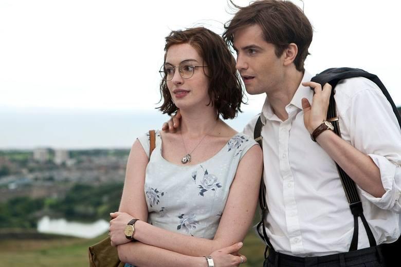 Film opowiada o parze, która poznała się jeszcze na studiach. Po wspólnie spędzonej nocy Emma i Dexter decydują, że będą spotykać się co roku tego samego