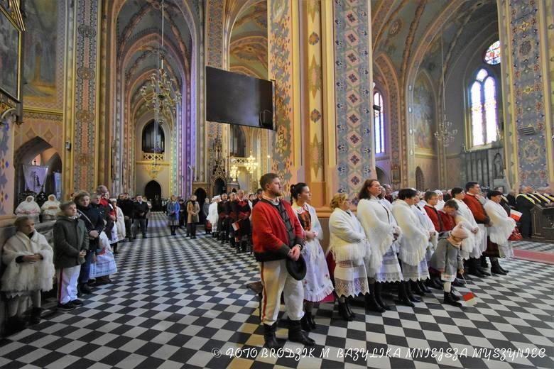 Myszyniec. Odpust parafialny 2019 ku czci św. Marcina z Tours i obchody 101. rocznicy odzyskania przez Polskę niepodległości