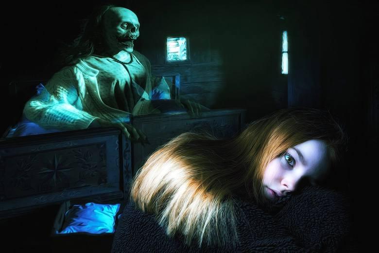 Demony opisywane są zwykle , jako istoty pozaziemskie. Charakteryzują się tym, że mają na nas złe oddziaływanie. Dla niektórych to brednie, inni uważają,