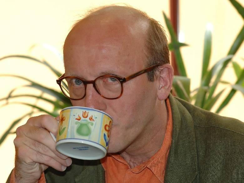 Spotkanie przy kawie z Arturem Barcisiem, sesja zdjęciowa, książka z autografem aktora. Aktualna cena - 511 zł