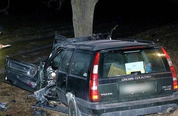 Szaciłówka. Śmiertelny wypadek na DK 8. Dwie osoby zginęły (zdjęcia)
