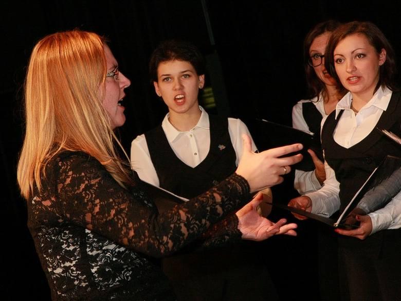 Zwycięskim chórem z Katowic dyrygowała Dominika Kawiarska.