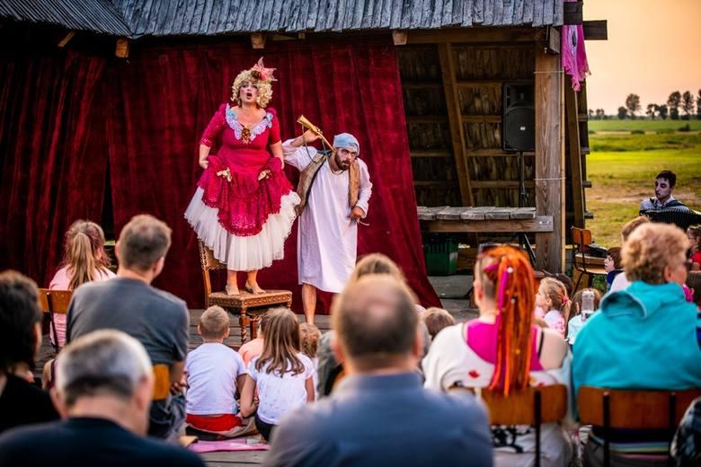 """W sobotę, 22 sierpnia w plenerze na placu przed Teatrem Przedmieście przy ul. Reformackiej 4 w Rzeszowie odbędzie się  spektakl """"Circus Par"""