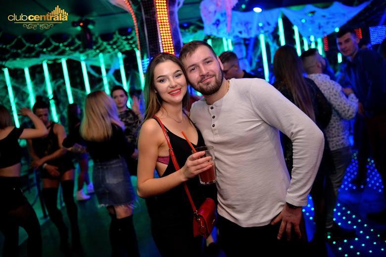 Weekendowa galeria z imprezy w klubie Centrala w Słupsku. Zobacz zdjęcia. Więcej informacji o klubie Centrala znajdziesz na Facebooku: Club Centrala