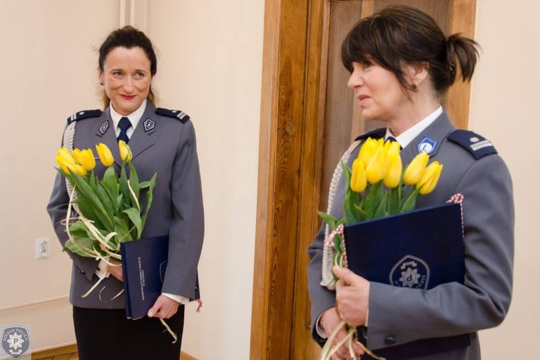 Po raz pierwszy w ponad 70-letniej historii Szkoły Policji w Słupsku stanowiska w ścisłym kierownictwie objęły kobietyPodinspektor Jolanta Buczyńska-Koc