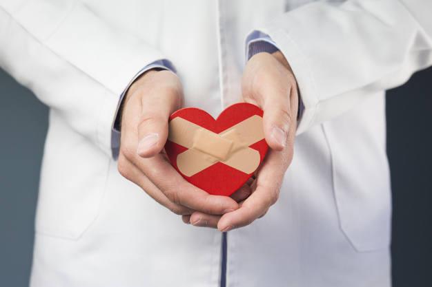 Gminy Deszczno kupiła sześć nowoczesnych defibrylatorów, czyli urządzeń służących do przywracania akcji serca u osób, u których wystąpiło nagłe zatrzymanie krążenia.