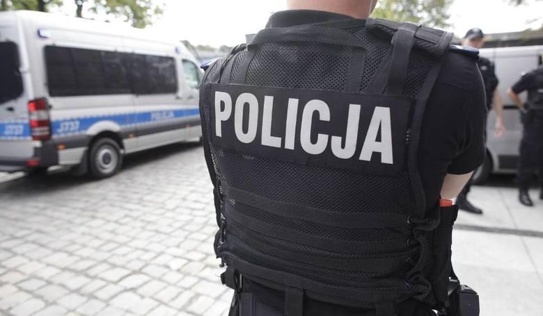 Policja w kraju w stanie gotowości. W tle dopalacze z Trzebiatowa