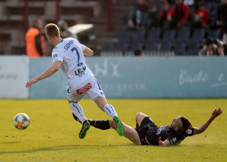 Lech Poznań remisuje z Pogonią Szczecin 1:1 i zdobywa pierwszy punkt po dwóch porażkach w lidze. Sprawdźcie, jak oceniliśmy piłkarzy Kolejorza po spotkaniu