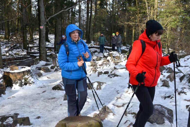 Na Łysicę jak na Everest w 40 rocznicę pierwszego wejścia przez Polaków na najwyższą górę Ziemi [WIDEO, ZDJĘCIA]