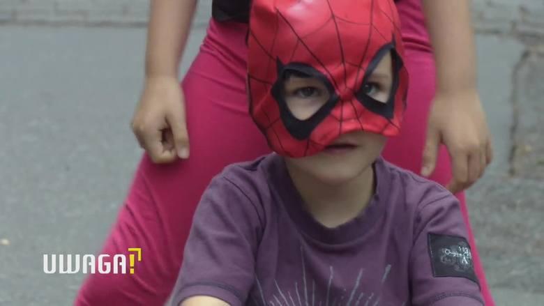 """Uwaga! TVN 3.12 Zosia czy Bartek? 5-letnia dziewczynka uważa, że jest chłopakiem. """"Jest już ukształtowana"""" [WIDEO]"""