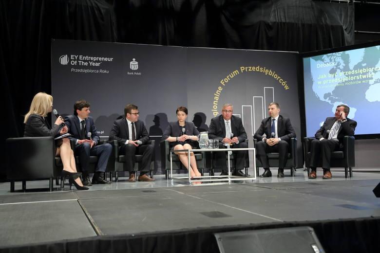 Wśród dyskutantów byli wczoraj m.in. przedsiębiorcy: (od prawej) Henryk Owsiejew (suwalski Malow), Dariusz Miłek (CCC), Sławomir Zubrycki (Palisander,