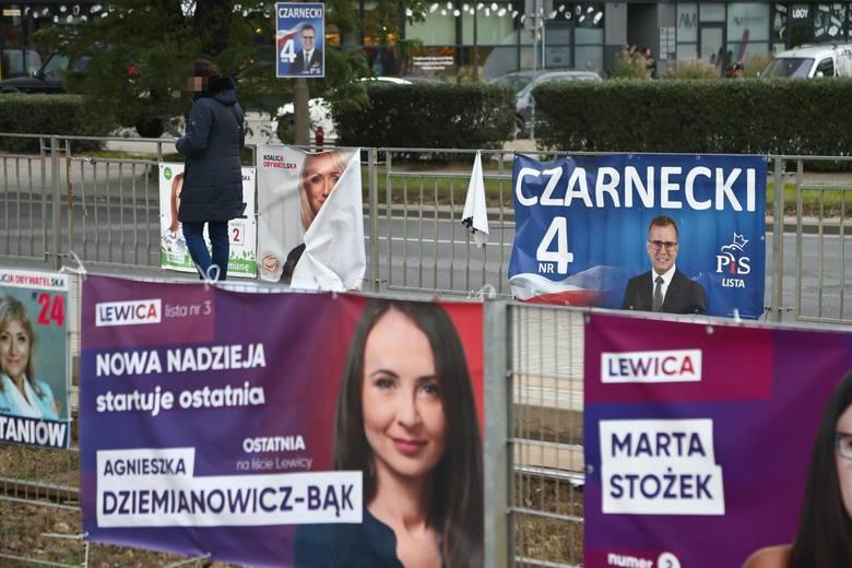 wybory parlamentarne 2019kampania wyborcza plakaty wyborcze na wroclawskich przystankachgazeta wroclawskapawe£ relikowski / polskapress