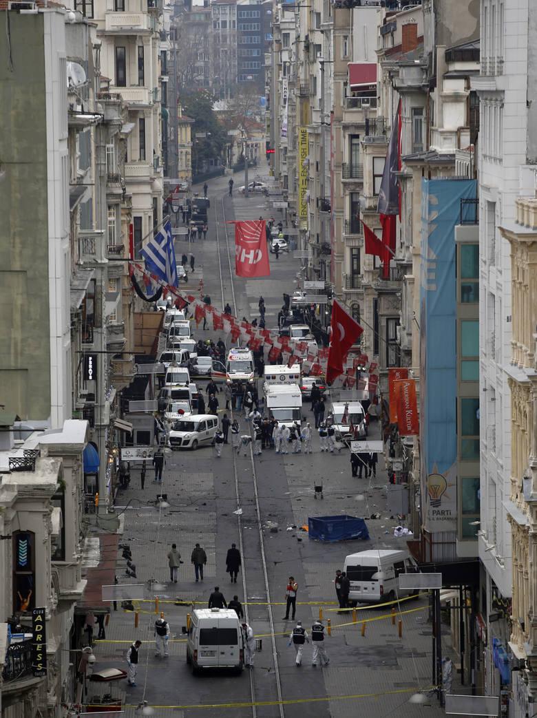 Turcja: zamach w Stambule. Nie żyją co najmniej cztery osoby, dwadzieścia jest rannych [ZDJĘCIA]