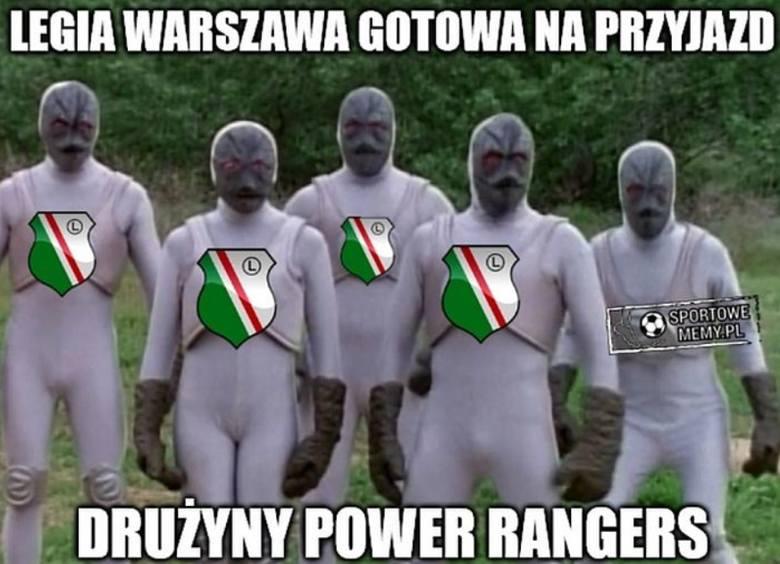 Legia Warszawa po wygranej 2:0 w Atenach z Atromitosem zameldowała się w 4. rundzie eliminacji Ligi Europy. Krytykowani od początku sezonu legioniści
