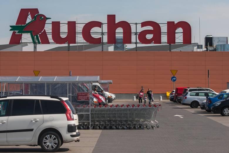 Auchan godziny otwarcia - wigilia, sylwester, święta, Nowy Rok. Auchan - niedziele handlowe w grudniu.