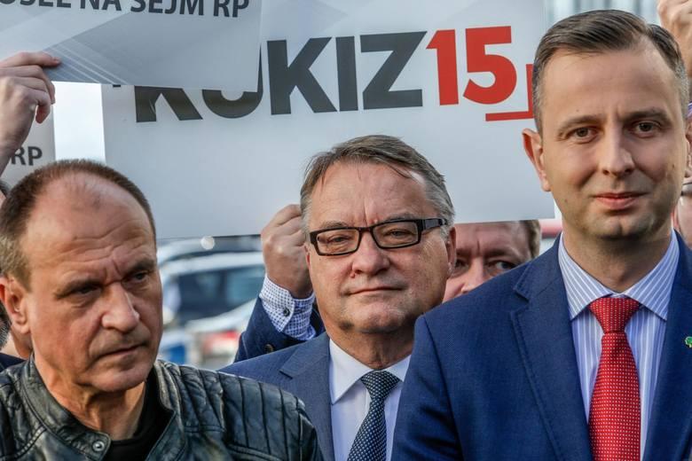 4. PSL / KUKIZ'15 - Koalicja PolskaLudowcy z kandydatami Pawła Kukiza na pokładzie mogą liczyć na 6 proc. poparcia w skali kraju, a w trzech okręgach