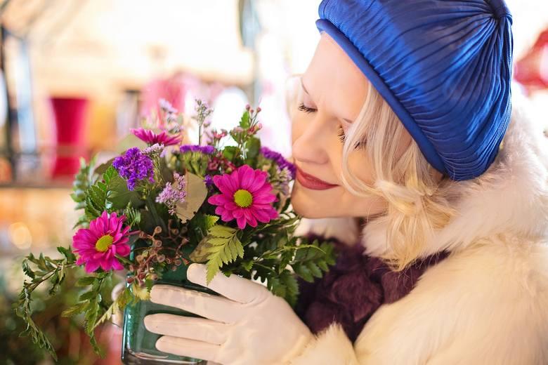 Całkiem niedawno zapytaliśmy na Facebooku o najlepsze kwiaciarnie w Toruniu i okolicy. Nadesłaliście wiele propozycji, z których wybraliśmy te, które