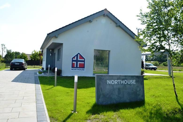 Dom pasywny w Bielsku-Białej zużywa na ogrzewanie zaledwie 13,3 kilowatogodziny na każdy metr kwadratowy na rok. Roczne opłaty za ogrzewanie to 400