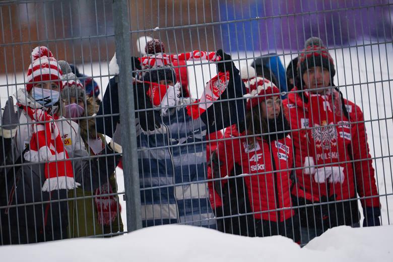 W Zakopanem odbywa się Puchar Świata w skokach. W sobotę odbył się konkurs drużynowy. Chociaż zawody odbywały się bez udziału publiczności w okolicach