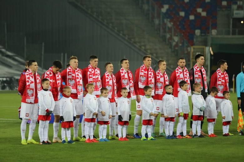 Młodzieżowa reprezentacja Polski udział w mistrzostwach Europy 2019 rozpocznie od konfrontacji z Belgią. Na których piłkarzy postawi w niedzielę Czesław