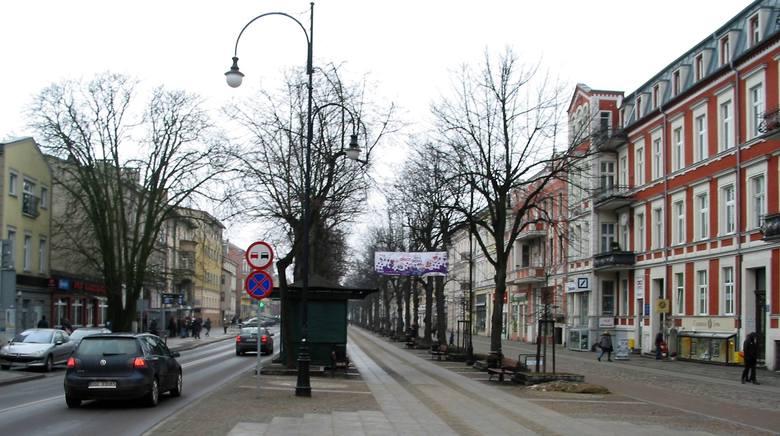 Tutaj, tuż przy Rondzie Solidarności, aleja Wojska Polskiego ma swój początek,