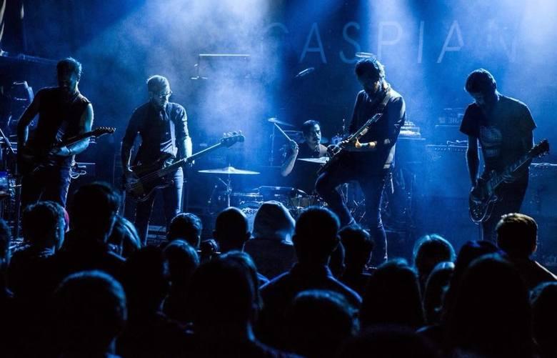 Grupa Caspian powstała w 2003 roku w Beverly i od początku zwracała na siebie uwagę na undergroundowej scenie post-rocka w USA. Przeważnie instrumentalne