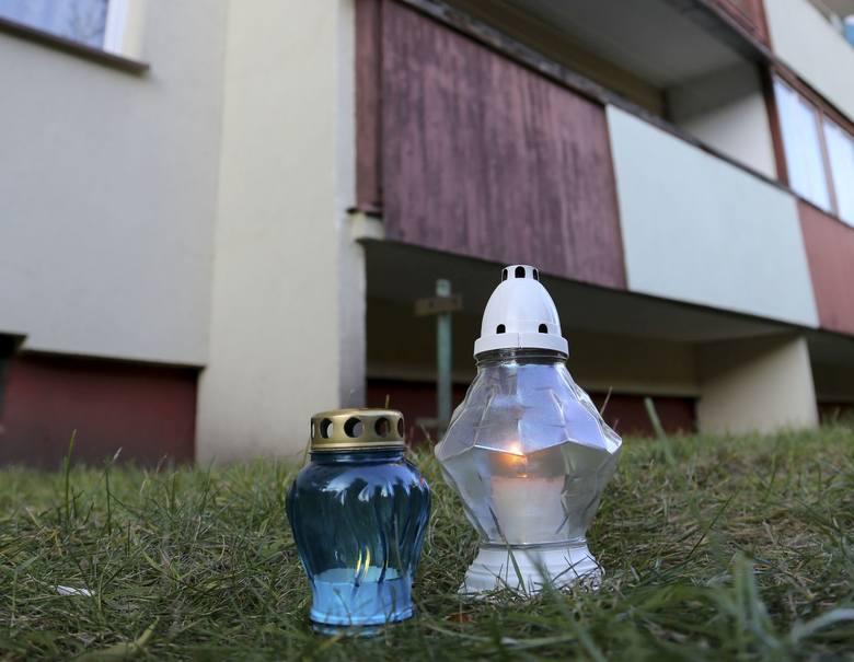 Tragedia wydarzyła się w środę na osiedlu Dziesięciny. Śledczy sprawdzają teraz, czy nikt nie nakłonił chłopca do samobójstwa. Rozpacz, rozpacz straszna.
