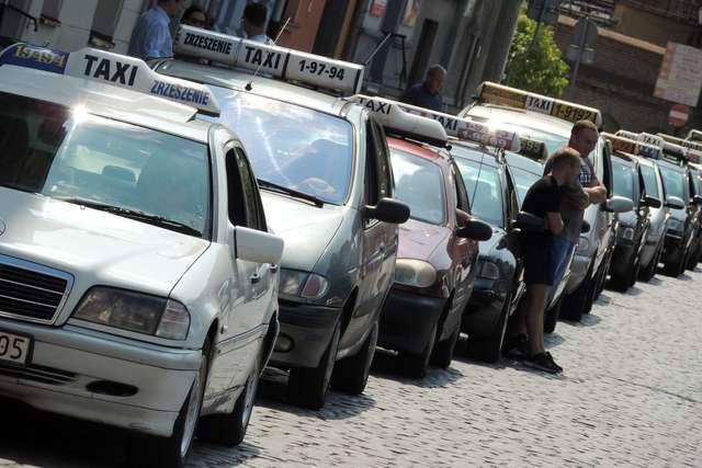pogotowie reporterskiepostój taksówek plac teatralny