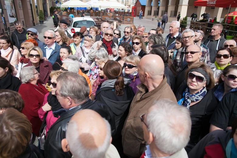 Spacery po Opolu przyciągają sporo osób i nic dziwnego, że także podczas Dni Opola mogliśmy spojrzeć na miasto z zupełnie innej strony. Sobotni spacer