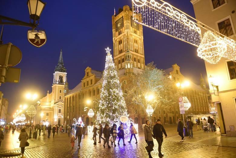 W Toruniu w przerwie świątecznej nie brakuje atrakcji kulturalnych. Tuż po świętach rusza festiwal Mariusz Lubomskiego Lulu. Z kolei na dużym ekranie