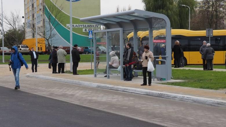 W czwartek oficjalnie otwarto nowe centrum przesiadkowe MZK przy ul. Władysława IV w Koszalinie.Centrum przesiadkowe powstało z myślą o pasażerach autobusów