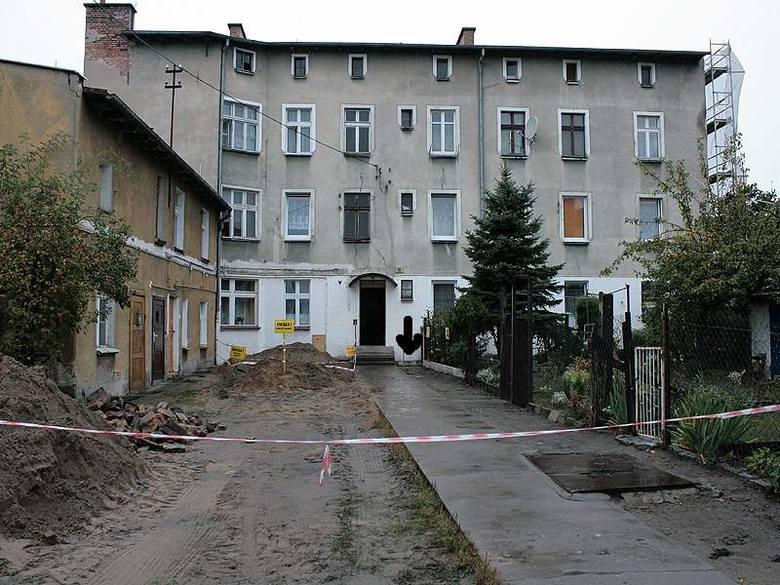 Na bombę z czasów II wojny światowej trafiono przy ulicy Kalinkowej 8.