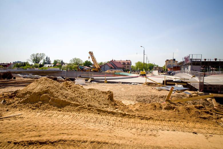 Trasa niepodległości w Białymstoku. Drogowcy puszczą ruch na wiadukt na ul. Wrocławskiej na Zielonych Wzgórzach