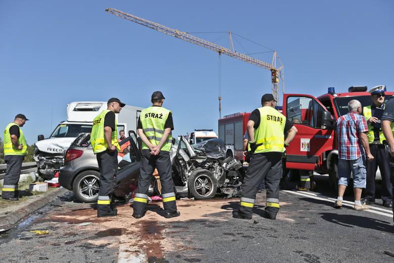 wypadek na s3, śmiertelny wypadek pod Zieloną Górą, wypadek na s3