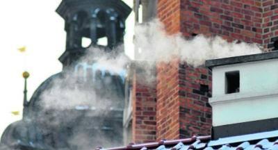 Smog dzieli polityków