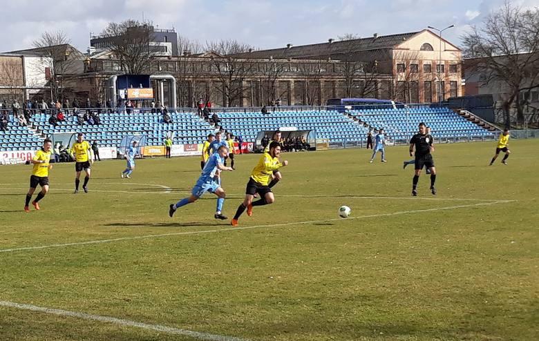 Błękitni wygrali ósme spotkanie w sezonie, a piąte na stargardzkim boisku