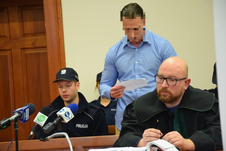 16 marca Krzysztof K. usłyszał wyrok 25 lat. Pięć dni później podjął próbę samobójczą.