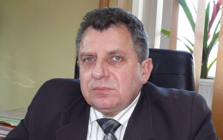 Edmund Kaczmarek, starosta jędrzejowski miał w poniedziałek o godzinie 20 najwięcej głosów na plus