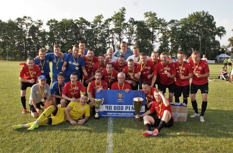 W meczu rewanżowym finału Pucharu Polski na szczeblu Kujawsko-Pomorskiego ZPN  Unia Gniewkowo przegrała z Chemikiem Moderatorem Bydgoszcz 0:2. Gole strzelili: