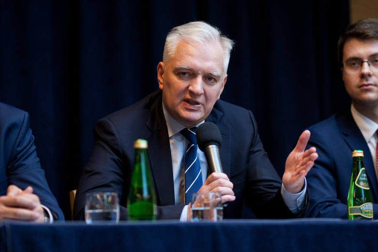 Minister Nauki i Szkolnictwa Wyższego Jarosław Gowin spotkał się z władzami i wykładowcami Akademii Pomorskiej w Słupsku.  Minister Gowin mówił w Słupsku