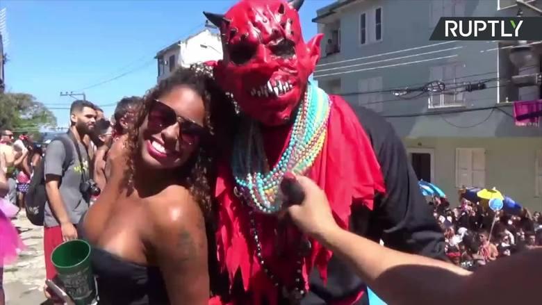 Rozpoczął się najsłynniejszy karnawał na świecie. Tłumy ludzi zatańczą sambę w Rio de Janeiro [WIDEO]