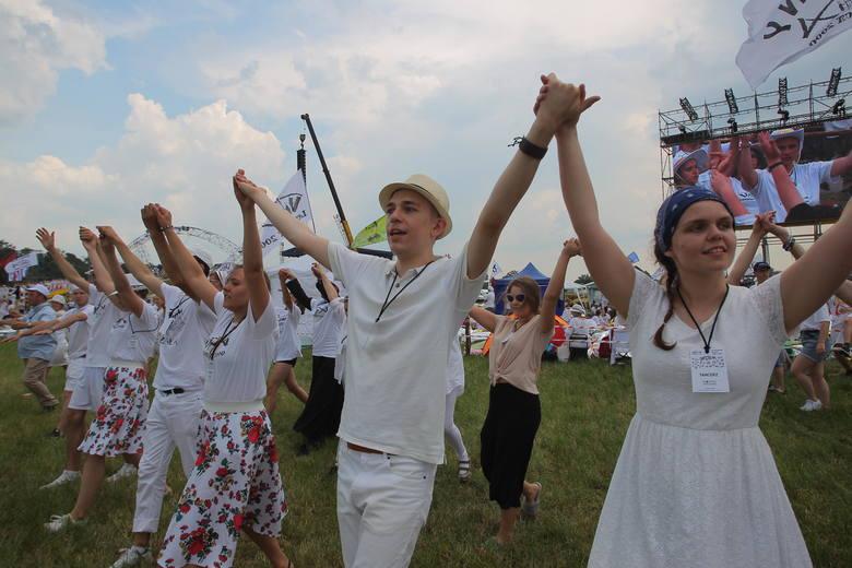 Spotkania Lednickie to m.in. wielbienie Boga tańcem
