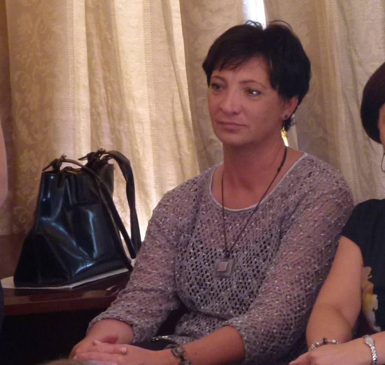 Dyrektor Wioletta Puszcz nie wahała się wezwać policji do małego dziecka. Jej reakcję pochwala burmistrz Łowicza