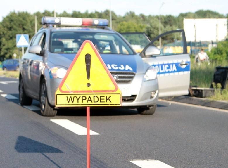 Utrudnienia na drodze przy jednostce wojskowej mogą potrwać około dwie godziny.